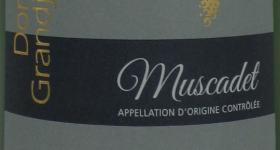 Nouveau Logo Domaine Grandjouan sur nos Bouteilles de vin