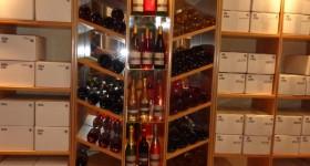 Vitrine des vins du domaine Grandjouan